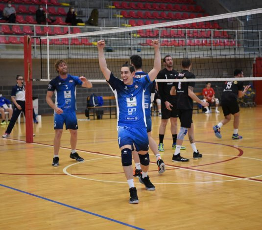Serie B - La RomagnaBanca si aggiudica l'itera posta con Foligno