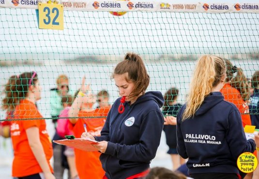 Young Volley Kiklos 2019